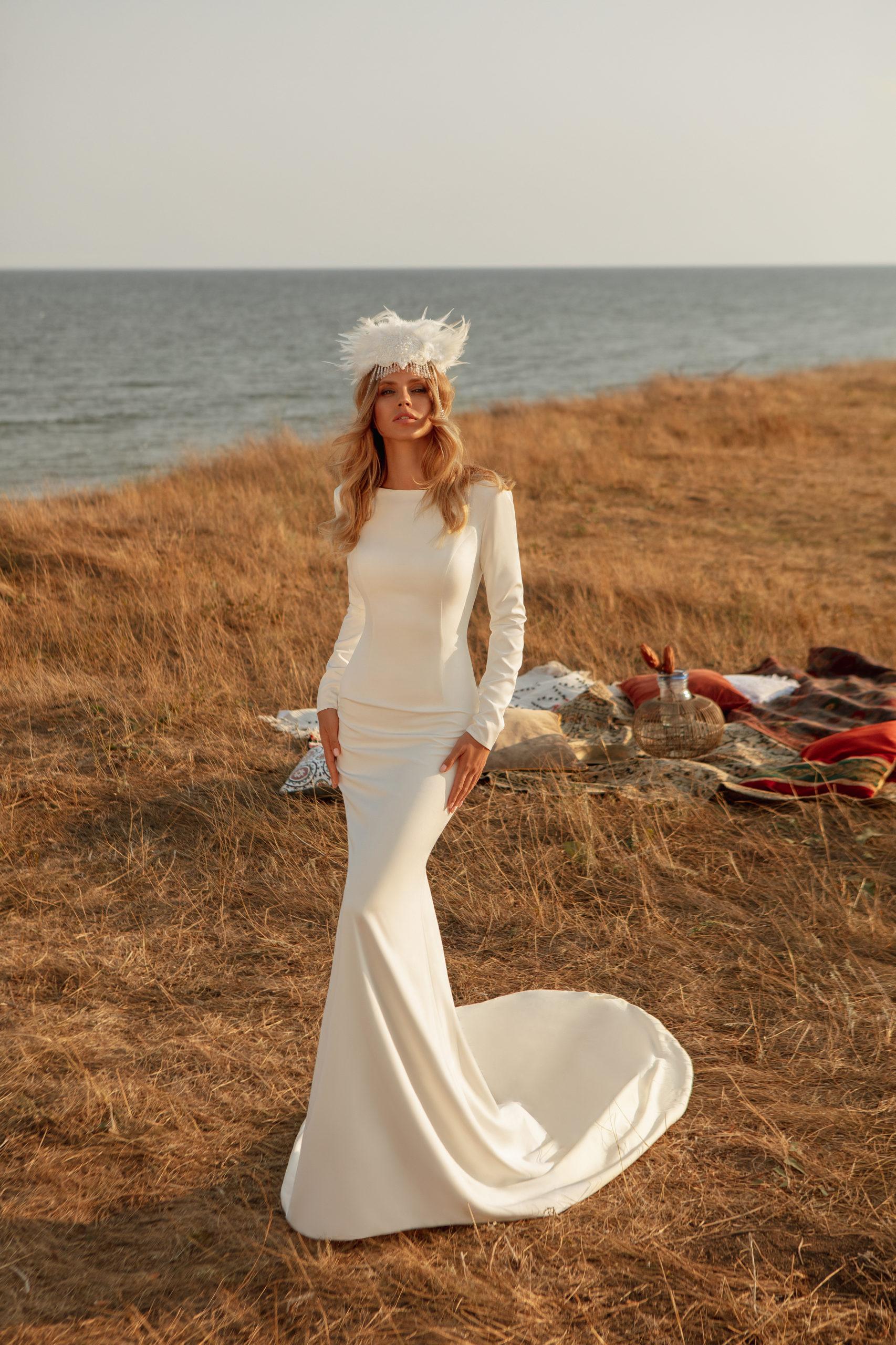 Robe de mariage sirène manches longues blanc mousseline traine