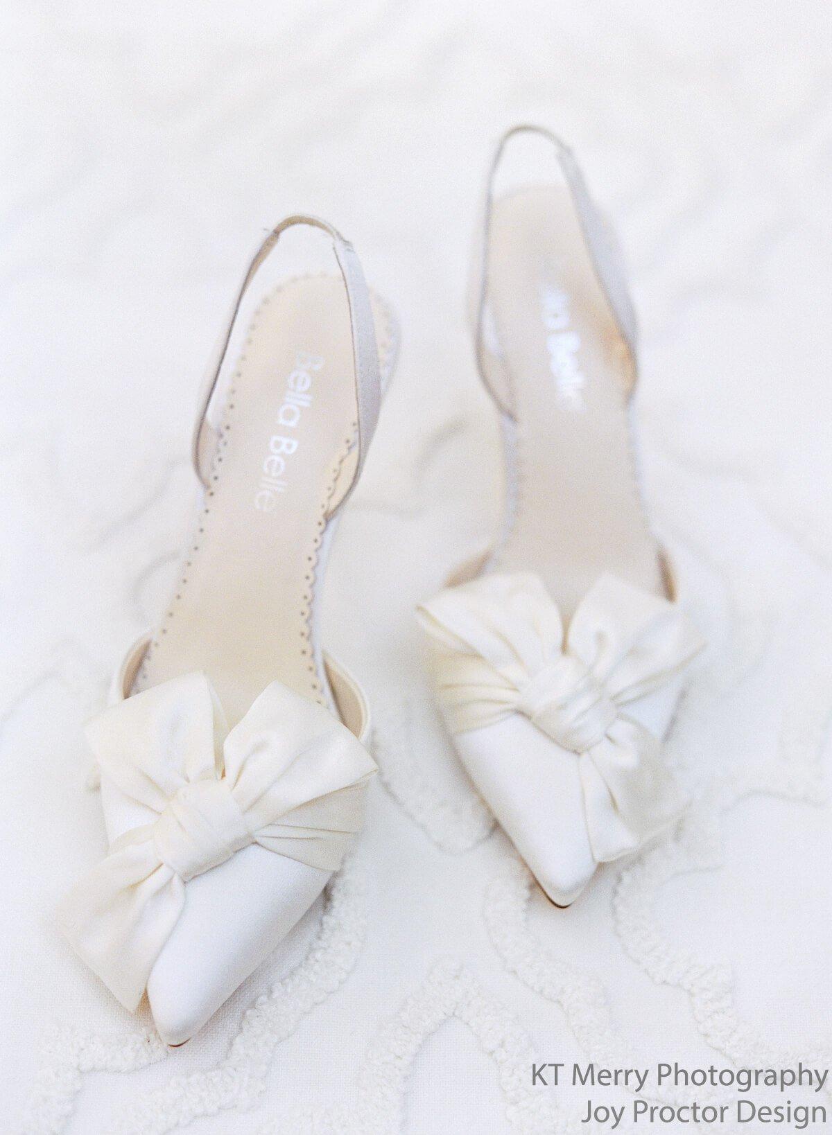 Chaussures de mariée bellabelle shoes ivoire reese confort noeud 10cm talon aiguille décolleté