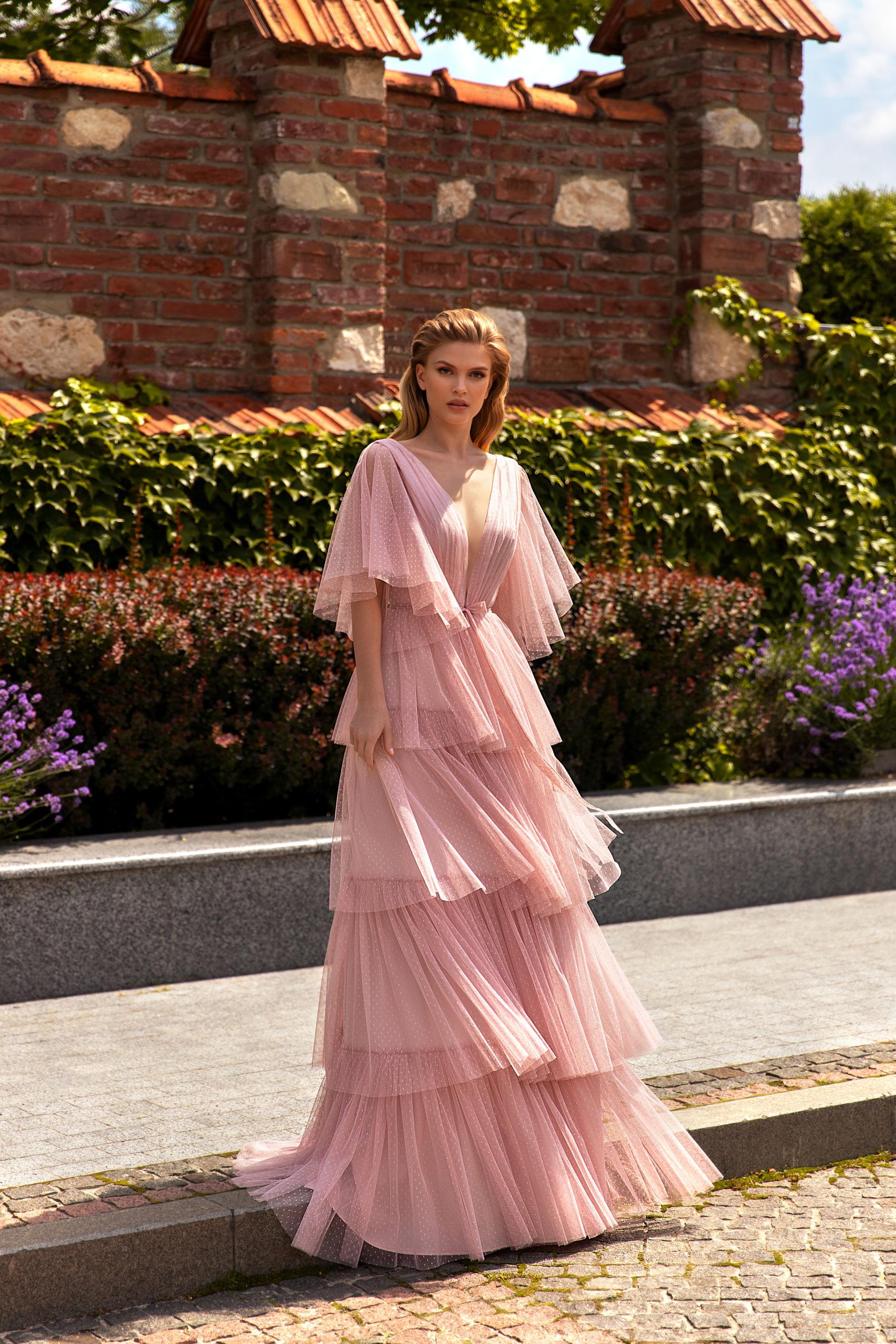 Robes haute couture Genève riccasposa longue rose vieux rose rose pale manches longues grande taille large cocktail invité demoiselle d'honneur
