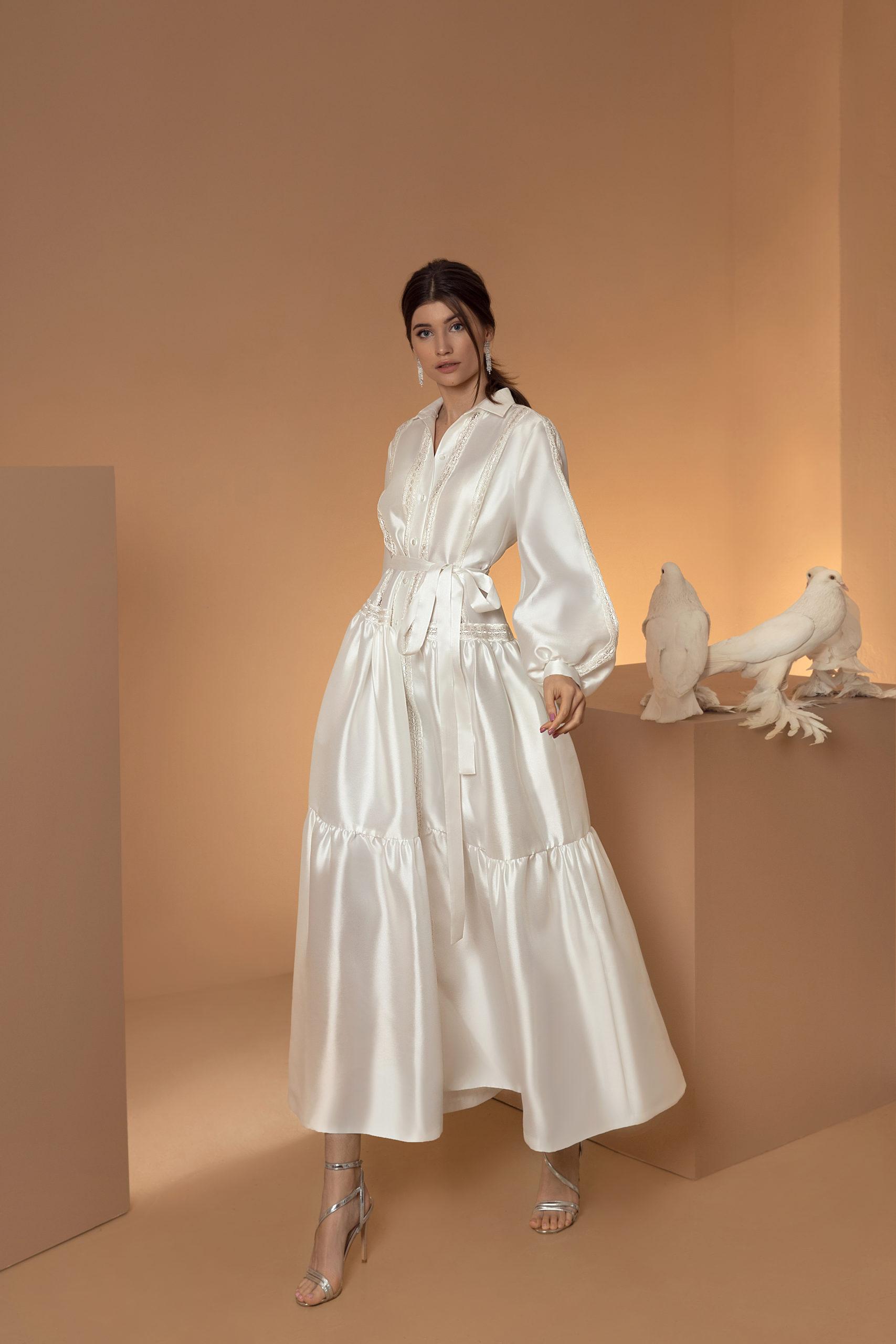 Mariage civil robe oversize satin ceinture manches longues genève boutique rendez-vous